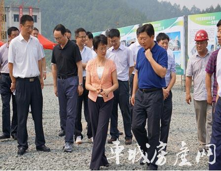 全市县域经济工作会议与会代表莅临十堰昌升国际商贸城参观考察